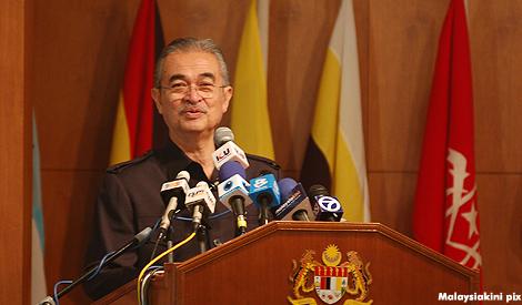 رئيس وزراء ماليزيا السابق ذو الاصل الحضرمي/ داتو سري عبدالله أحمد باضاوي (بادوي)