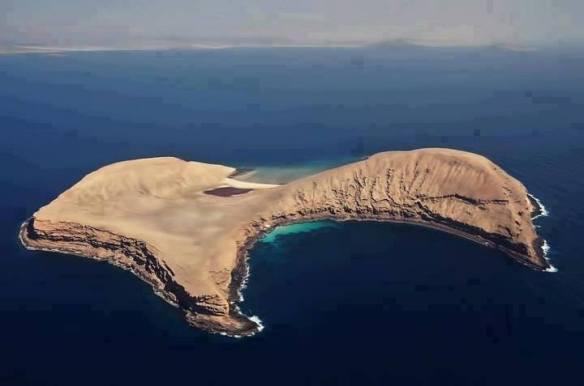 جزيرة سخة في بئر علي-بلحاف في شبوة
